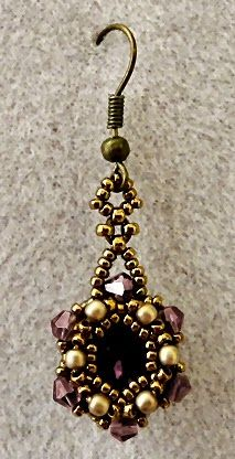 "Linda's Crafty Inspirations: Playing with my beads...Starlight Earrings-- 15/0 seed beads Miyuki ""Dark Bronze"" (15-457D) 11/0 seed beads Miyuki ""Dark Bronze"" (11-457D) 12x10mm oval chatons ""Amethyst"" 3mm bicones ""Amethyst AB"" (Chinese - no info available) 2mm pearls ""Light Bronze Satin"" (Czech - Aria Design Studio)"