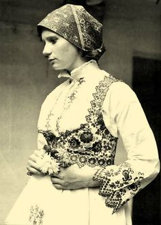 Hungarian peasant wear with embroidered vest and shirt for women