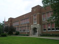 Deveaux Junior High Ohio Buckeyes, Toledo Ohio, Altars, Colleges, Beaded Earrings, Illinois, Schools, High School, Sweet Home