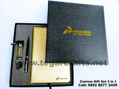 A Special gift set box ordered by Pertamina RU III Plaju, Sumatera Selatan Indonesia contains of notebook, pen and leather USB flashdrive. Gift Packaging, Special Gifts, Flash Drive, Notebook, Usb, Cool Stuff, Leather, Gift Wrapper, Gift Wrapping