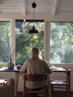 A well traveled woman – Home Office Design For Women Home Office Design, House Design, Writing Studio, A Well Traveled Woman, Decoration Chic, Sweet Home, Interior And Exterior, Interior Design, Boho Home