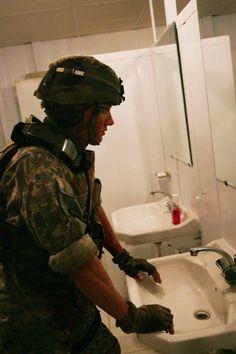 Jeremy Renner in The Hurt Locker (2009)