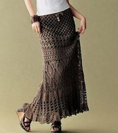 crochet skirt plus blog with many patterns