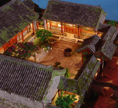 Traditional Chinese House Plans Lovely 110 Best Siheyuan Chinese Courtyard House Images On Village House Design, Kerala House Design, Village Houses, Courtyard House Plans, Courtyard Design, Roof Design, Patio Design, Spanish Style Homes, Spanish House