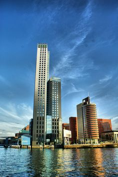 i can't wait to go and see my aunt and new uncle... rotterdam, netherlands :)