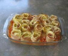 Lasagne-Röllchen mit Frischkäse-Füllung  Rezept für vegetarische Lasagne al forno auf tomatetomate.eu   http://www.tomatetomate.eu/rezept-lasagne-al-forno/