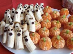 A healthy Halloween Snack and super cute! A must for a classroom snack tray.