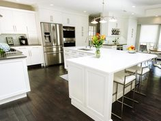 Best l shaped kitchen layout l shaped island bench best l shaped island ideas on corner . best l shaped kitchen layout L Shaped Island Kitchen, L Shaped Kitchen Designs, Kitchen Island With Seating, Kitchen Islands, Island Bench, L Shaped Kitchen Cabinets, Kitchen Island Shapes, Modern Kitchen Island, Classic Kitchen