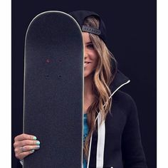 Skater girl Leticia Bufoni – relatable style – Famous Last Words Skater Look, Skater Girl Style, Bmx Girl, Skate Girl, Skater Photography, Girl Photography, Skateboard Girl, Jolie Photo, Girl Photos