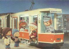 Der Sozialismus baut den öffentlichen Verkehr aus.
