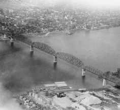 Aerial view of Big Four Bridge, Louisville, Kentucky - Jeffersonville, Indiana, 1929. :: Herald-Post Collection