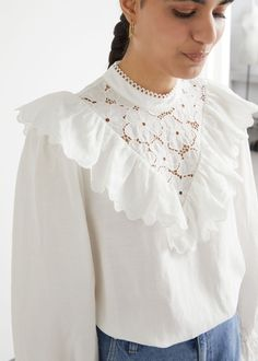 Boho Bluse, Bluse Outfit, White Blouse Outfit, Ruffle Collar Blouse, French Outfit, Trends, Fashion Story, Blouses For Women, White Blouses