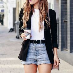 tips casual outfit Casual Chic Outfits, Short Outfits, Cute Outfits, Fashion Outfits, Fashion Shoes, Look Blazer, Blazer And Shorts, Elegante Shorts Outfit, Look Con Short