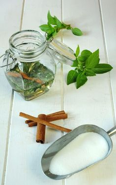 Cinnamon Basil Syrup is a simple sugar syrup flavored with cinnamon basil leaves. Cinnamon Basil, Cinnamon Syrup, Cinnamon Recipes, Basil Recipes, Herb Recipes, Canning Recipes, Recipes Dinner, Cocktail Recipes, Dinner Ideas