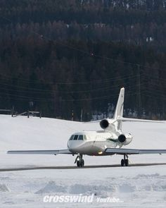"Gefällt 33 Mal, 0 Kommentare - Bruno Lauper (@brunoboeing787) auf Instagram: ""Engadin Airport 22.02.2020 Aviation Music Video •  Full Video on YouTube by crosswind... •…"" Video Full, Soundtrack, Youtube, Music Videos, Aviation, Instagram, Air Ride, Youtube Movies"
