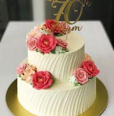 cake design for women - Super Cake Designs Birthday Women Sweets Ideas 70th Birthday Cake For Women, 2 Tier Birthday Cakes, Buttercream Birthday Cake, New Birthday Cake, Birthday Cake With Flowers, Birthday Cupcakes, Birthday Celebration, Birthday Woman, Mom Birthday