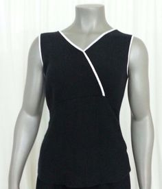 Croft & Barrow Sleeveless Knit top Women's size M black white trim wear to work #CroftBarrow #KnitTop #Casual