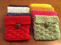 my scrap yarn buster: 10 minute crochet Coin  http://www.ravelry.com/patterns/library/coin-pouch