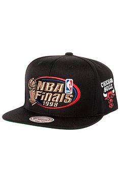 Mitchell   Ness Hat Chicago Bulls 1998 NBA Finals Commemorative Snapback in  Black Chicago Bulls bab122f7ced2c