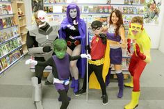 Raven, Cyborg, Beast Boy, Robin, Starfire & Kid Flash - Teen Titans Outdoor Halloween, Fall Halloween, Halloween Ideas, Halloween Party, Halloween Costumes, Amazing Cosplay, Best Cosplay, Teen Titans Go Costume, Cosplay Costumes