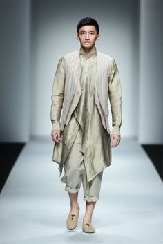 Sun Lin Spring/Summer 2016 - Shanghai Fashion Week   Male Fashion Trends