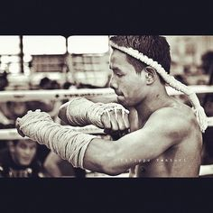 Muay Thai was originally Muay Boran which was fought with ropes tied around the fighters hand. Muay Boran is where it all orginated; the wai kru, sealing the ring etc.