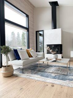 #hirsitalo #modernihirsitalo #modernloghouse #scandinaviandesign #olohuoneensisustus Scandinavian Design, Future House, Living Room Decor, Takana, Instagram, Drawing Room Decoration, Den Decor, Living Room Decorations, Nordic Design