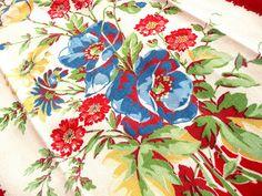 Gorgeous Vintage Tablecloth Pattern