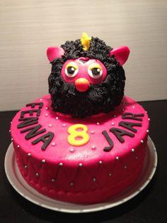 Furby met taart. Voor Fenna. 24 november 2013