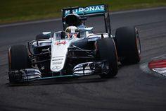 F1マレーシアGP フリー走行2回目:ルイス・ハミルトンがトップタイム  [F1 / Formula 1]