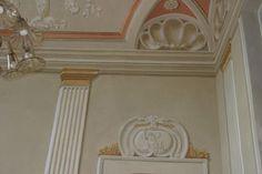 Neo classic room designe by Mauro Nicora http://www.restaurinicora.it/decorazione/altadecorazione/interni-neoclassici/anticamera/pagina.html#