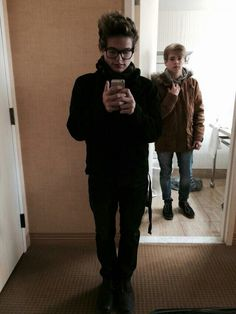 Mikey and Luke ♡ apparently these guys are youtubers... They're honestly REALLY hot, so I'm off to do some discovering.