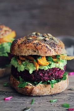 Ultimate Veggie Burger Beet burger with baked sweet potato fries and avocado sauce.Beet burger with baked sweet potato fries and avocado sauce. Beet Recipes, Veggie Recipes, Vegetarian Recipes, Healthy Recipes, Vegetarian Dinners, Delicious Recipes, Vegan Vegetarian, Healthy Options, Recipes Dinner