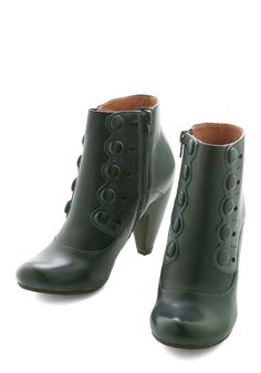 Fearless Fashionista Bootie. Casually clad or undauntedly setting new stylish standards? #green #modcloth