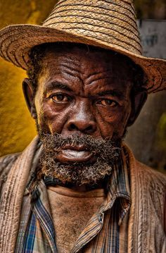 Man from Cuba --- Photo by John Galbreath Old Faces, Many Faces, Old Man Portrait, Yoruba, Tier Fotos, Interesting Faces, Old Men, World Cultures, People Around The World