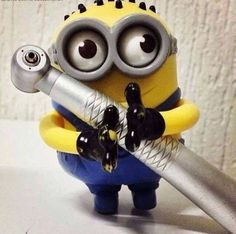 Minion with dental tool -Pittsford Pediatric Dentistry Dental Jobs, Dental Art, Dental Humor, Dental Hygiene, Dental Health, Dental Life, Minions, Dental Pictures, Dental Posters