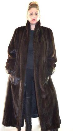 "Amazing!! Female Mink Full Length Mohogany Brown Fur Coat 48"" – BareFur #fur #minkfur #minkfurcoat #femalemink #fashion #femaleminkfurcoat #fulllengminkfur #vintageminkfur"