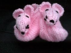 Hand knitted baby girl  pink booties by Happilyevercrafts on Etsy, £4.50