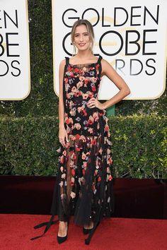 Renee Bargh attends the Golden Globes Awards 2017