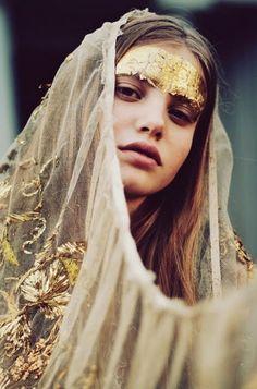 gold leaf // veil //