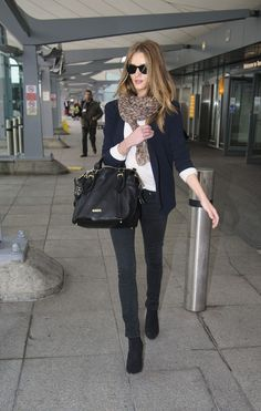Rosie Huntington-Whiteley & Jason Statham: L.: Photo Rosie Huntington-Whiteley keeps it cute in a Vanessa Bruno blazer as she touches down at Heathrow Airport on Friday (March in London, England. Rosie Huntington Whiteley, Big Sunglasses, Prescription Sunglasses, Wayfarer Sunglasses, Sunnies, Leopard Print Scarf, Models Off Duty, Madame, Look Fashion