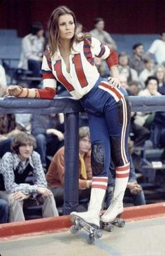 """Make like Raquel Welch in """"The Kansas City Bomber"""" by wearing a roller derby uniform and white lace-up skates. Rachel Welch, Roller Derby Girls, Roller Derby Clothes, Five Jeans, Roller Disco, Skate Girl, Roller Skating, Skater Girls, Hollywood Actresses"""