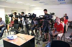 Conferencia De Prensa, Periodista