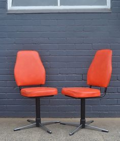 Superb Vintage Retro Swivel Chairs Orange Funky Kitchen Chair Office Chair X 2 1975