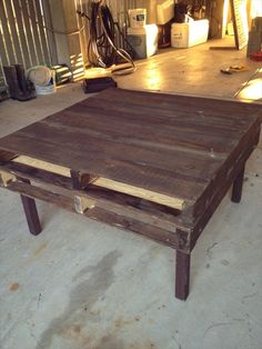DIY Tutorials: DIY How to Build a Pallet Coffee Table Built higher legs, and you have a breakfast table