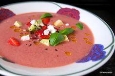 Kesän kolmas gazpacho – mansikasta! | Paleokeittiö