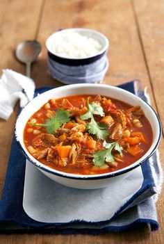Spicy pork and tomato stew recipe Spicy Recipes, Chili Recipes, Pork Recipes, Cooking Recipes, Crockpot Recipes, Kos, Pork Stew, Chowder Recipes, Crock Pot Slow Cooker