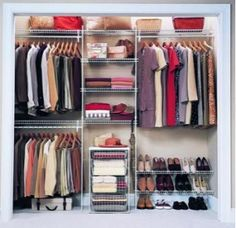I would love to organize my closet like this