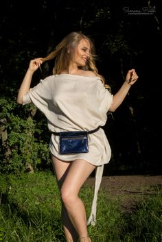 Midnight Sky with Zipper - The ideal fashion bumbag for festivals and traveling. Handmade from genuine leather. Midnight Sky, Festival Fashion, Festivals, Traveling, Zipper, Leather, How To Wear, Handmade, Bags