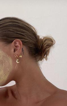 Ear Cuff Rose Gold Non-pierced Cartilage Wrap Earring Fake Conch No Piercing Cuff Earring Simple Earcuff Faux Pierced Double Round EDRWRGF - Custom Jewelry Ideas Bodysuit Tattoos, Cute Jewelry, Jewelry Accessories, Double Earrings, Foto Casual, Lobe, Ear Piercings, Peircings, Tattoo